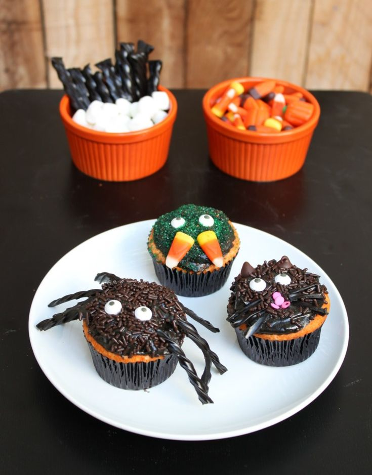 Cupcake Decorating Ideas Recipes : Best 25+ Halloween cupcakes decoration ideas on Pinterest ...
