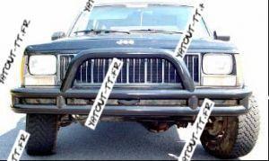 YaTout-TT.fr vous propose des pièces 4x4 neuf et occasion -> CARROSSERIE / ECLAIRAGE / HABITACLE - Pare buffle Pare choc Jeep Cherokee XJ NEUF