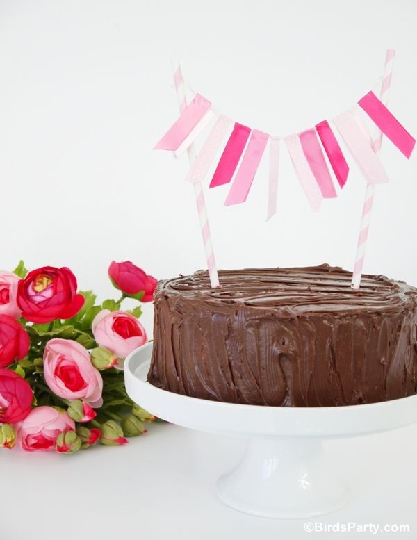 PARTY BLOG by BirdsParty|Printables|Parties|DIYCrafts|Recipes|Ideas: 3 Easy DIY Cake Bunting Ideas to Make at Home