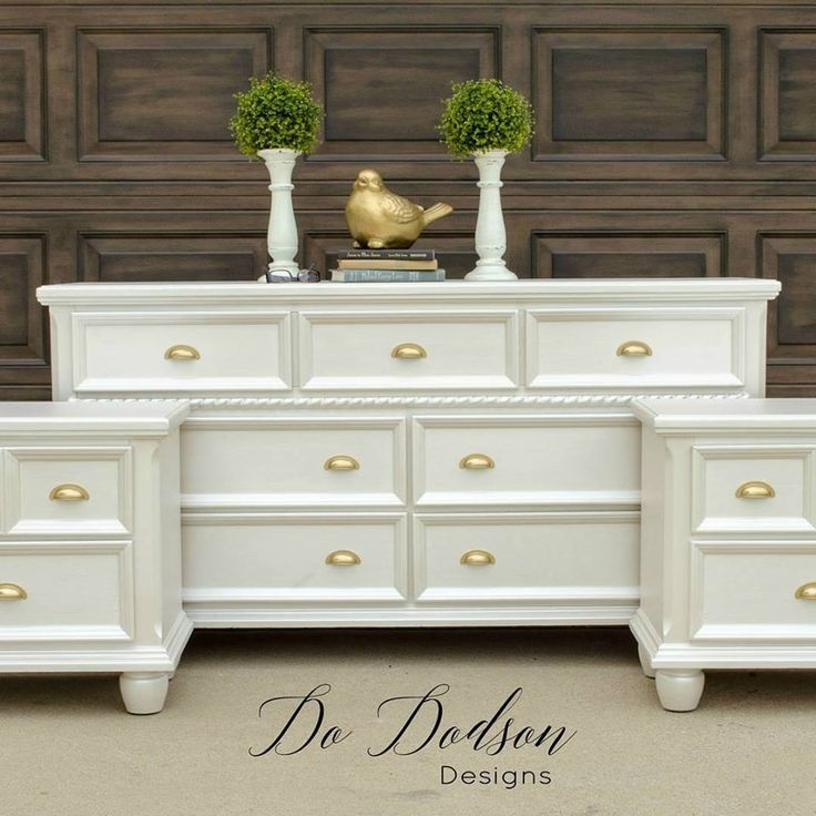 Lovely bedroom set by Donna of Do Dodson Designs. She used Modern Masters Oyster Metallic Paint for a wonderful makeover that will bring an elegant shimmer to any space.
