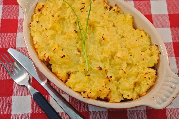 cottage pie; makkelijke variant op de engelse ovenschotel met worteltjes, gehakt en aardappel
