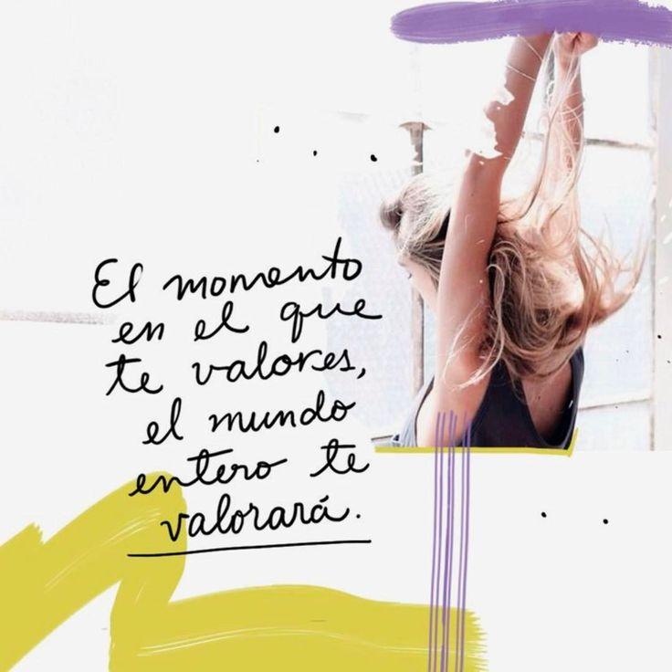 """13.9 mil Me gusta, 77 comentarios - Mía Pineda (@mia_astral) en Instagram: """"Hoy el #Sol entra en #Tauro, signo de la valoración personal, sustento (y como nos sustentamos,…"""""""
