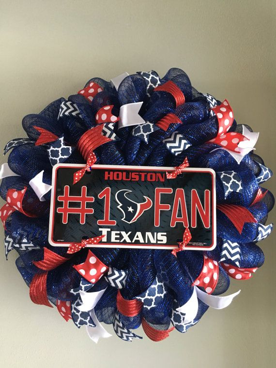 Houston Texans Mesh Wreath by ThisnThatWreaths on Etsy