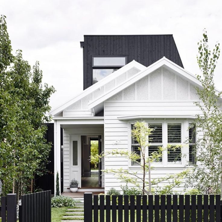 Black and White - Instagram from homelife.com.au - heartly design studio.