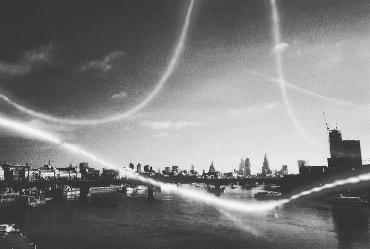 #towerhill #revolog @revolog_films #london #cycling #cyclist #photography #photooftheday #lomography #lomographyuk #filmisnotdead #analogue #vegan #vegangirl #veganlife #vegansofig #workout by valentinadelille