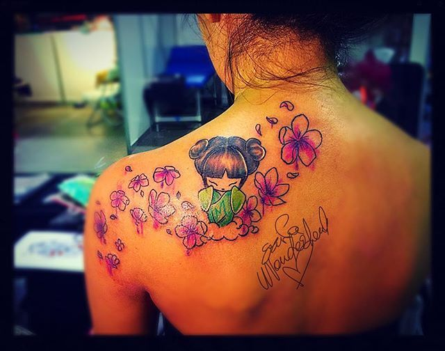 Done at Lucca tattoo Expo 2016 #kokeshi #erikawonderlandtattoo #luccatattooexpo #flowerstattoo #tattooartist #tattooedgirl #dolltattoo #dollinawonderland #piacenza #sketchbook #sketchtattoo #draw #japantattoo #tattooedwomen