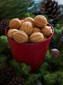 Печенье орешки со сгущенкой рецепт с пошаговыми фото. Тесто для орешков без сахара. Крем для орешков со сливочным маслом. Как приготовить печенье орешки фото
