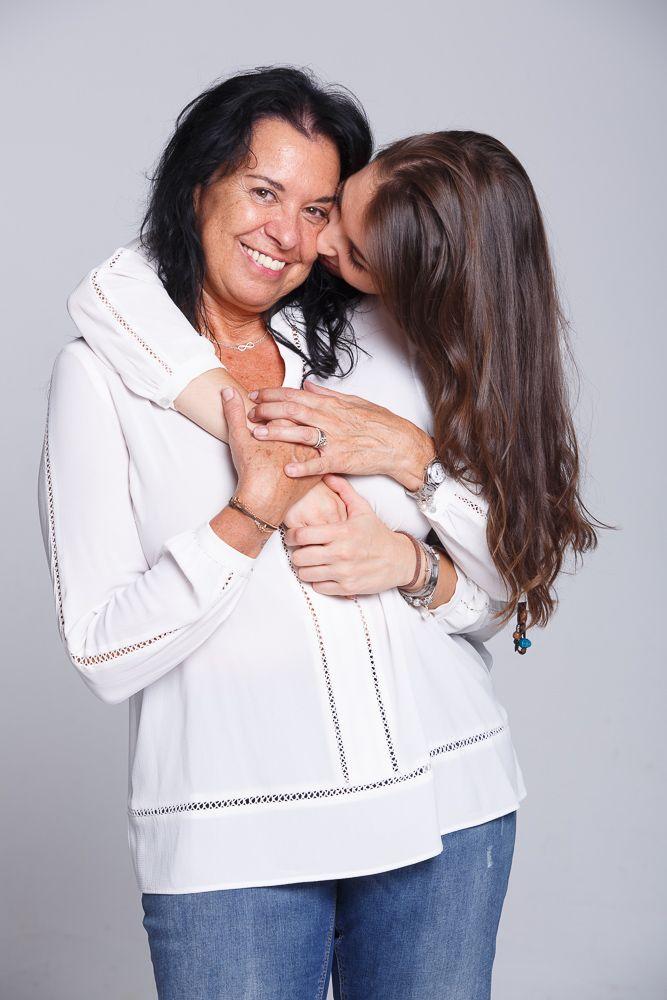 Sesion Fotos Madre E Hija En El Estudio Producción De Revista