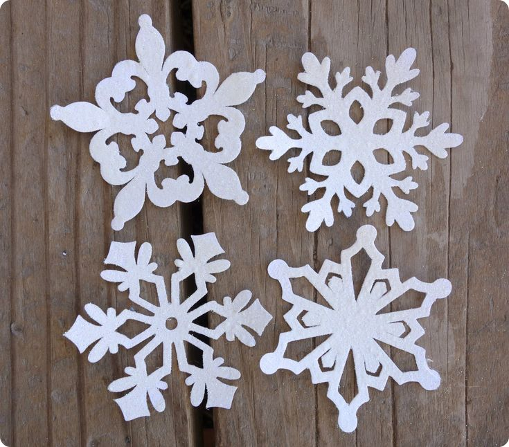 1000+ images about Snowflakes & Window Decorations on ...