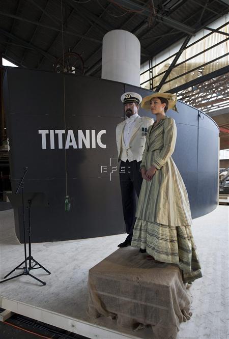 Madrid, 16 abr (EFE).- Un mapa interactivo lanzado hoy en internet recrea la magnitud de la tragedia que supuso el hundimiento del Titanic hace cien años, con detalles geográficos y biográficos de sus pasajeros, información sobre sus distintas nacionalidades y la clase en la que viajaban.