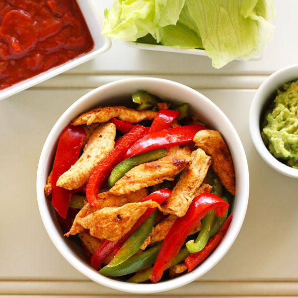 These chicken fajita lettuce wraps make the perfect mid-week dinner.  Ready in less than 30 minutes and so delicious you won't miss the tortillas!