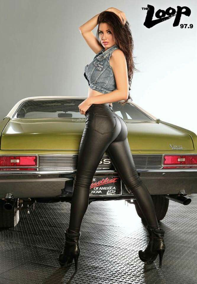 Pin Von Nat Auf April Rose Car Girls Spandex Girls Und Cars