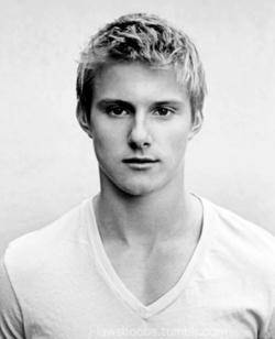Alexander Ludwig.. Cato.. Hunger Games.. Abercrombie Model... <3 stop it.