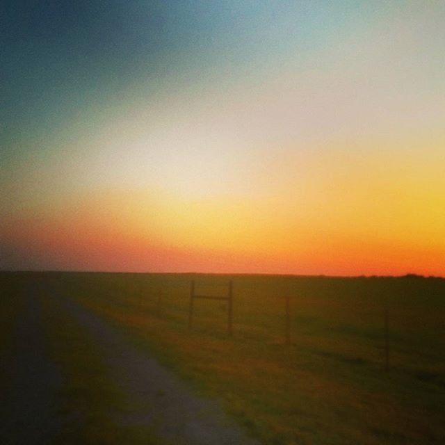 """Good morning! #sky #sunrise #sunrises #yellow #clouds #nature #photography #cloud #artist #art #artwork #marketing #ceo #cmo #photographer #photocollection #naturephotography #filmmaker #promotion #branding #artists #thursday #goodmorning #digitalmarketing #beautifulcolors #beauty #gratitude #la #nyc #dallas"" by @gregdurbinceo. • • • • • #digitalmarketing #onlinemarketing #marketing #branding #socialmediamarketing #seo #socialmedia #contentmarketing #advertising #marketingtips…"