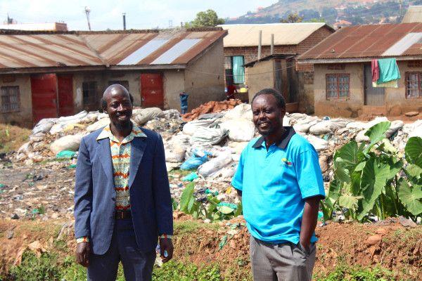 Ugandan actor Earnest Sseruaayna  director Isaac Nabwana in Wakalinga slum, #Kampala , aka Wakaliwood. #film