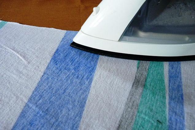 cuatro paredes Cuadrados: diy almidón en aerosol: Eliminar las esquinas dobladas en la camiseta