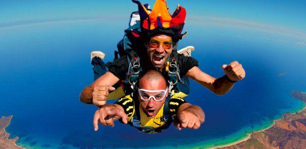 skydive-fronte.jpg 615×300 pixels
