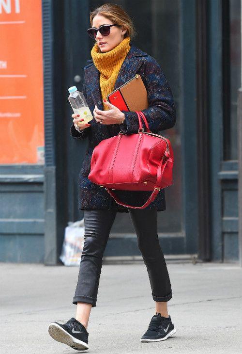4/14 #オリビア・パレルモ #花柄コート #イエロータートルネックニット #レザーパンツ  海外セレブ最新画像・私服ファッション・着用ブランドまとめてチェック DailyCelebrityDiary*