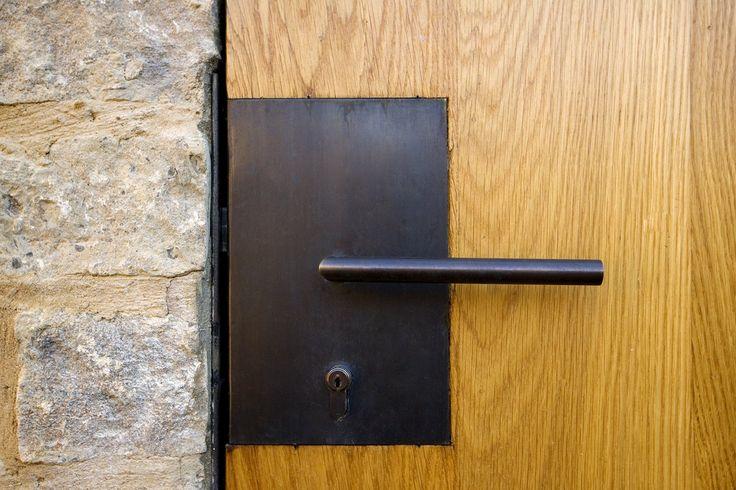 L2 / 312 HARDWARE FOR MAIN ENTRANCE DOORS; James Gorst Architects