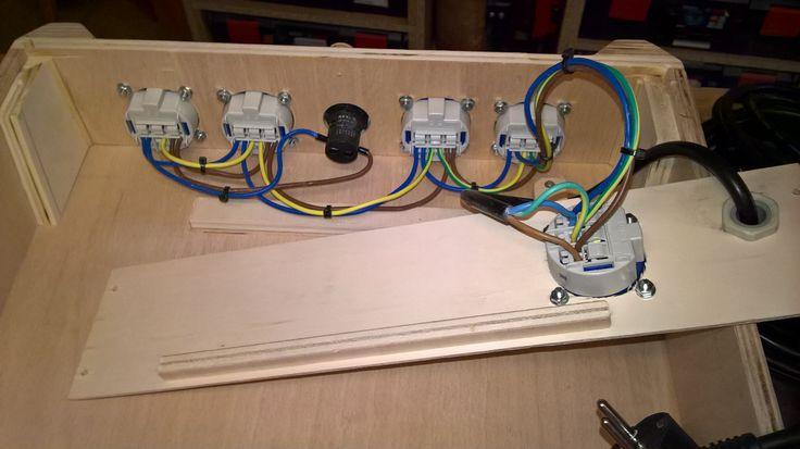 Festool Systainer - Prüfung ortsveränderlicher elektrischer Betriebsmittel nach DGUV V3 (BGV A3) nicht vergessen.