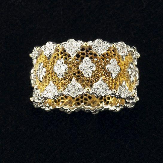 BUCCELLATI   Bague en or jaune et diamants