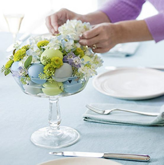 Wow, how beautiful    48 Awesome Eggs Decoration Ideas For Your Easter Table | DigsDigs