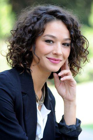 Nicole Grimaudo oggi. Foto-gallery e immagini - LeiWeb