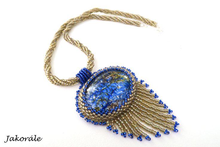 Zlatomodrý náhrdelník - http://www.fler.cz/zbozi/zlatomodra-elegance-6875368