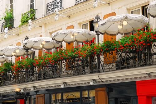 An outdoor café in Paris.