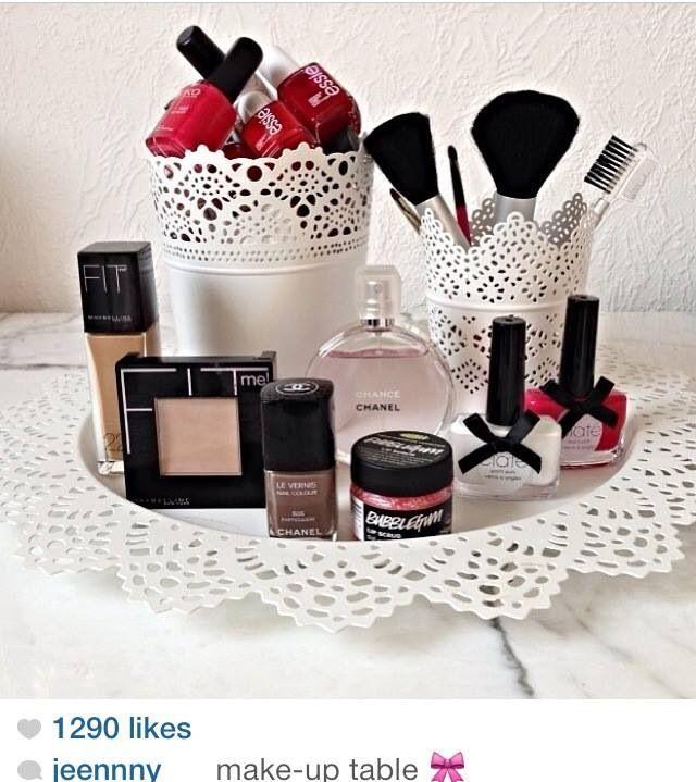 Make up                                                                                                                                                      Mehr