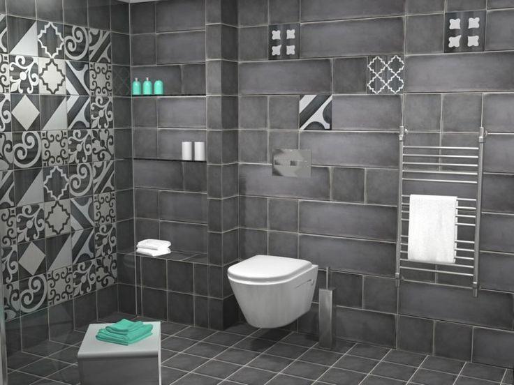 Όλος ο χώρος επενδύθηκε με πλακάκια από την σειρά Terre. Συγκεκριμένα χρησιμοποιήθηκε συνδυασμός των διαστάσεων 20 x 20 cm και 20 x 60 cm. Πρωταγωνιστικό ρόλο στο μπάνιο παίζουν τα ειδικά τεμάχια της σειράς σε ποικιλία σχεδίων και με διάσταση 20 x 20 cm.