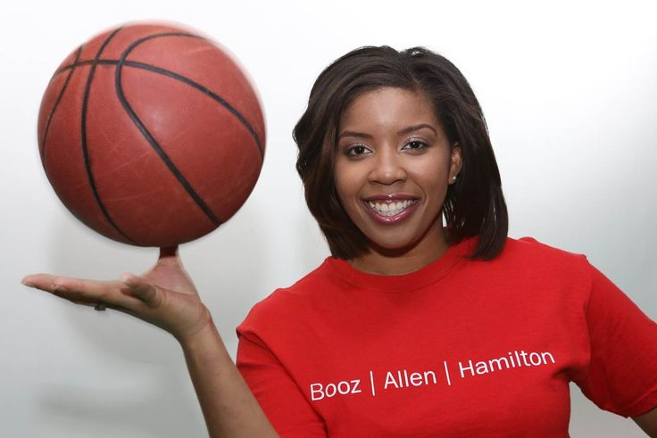 Chelsea Seabron is a Playworks volunteer, helping kids find access to safe, healthy places where they can play and grow. #community #boozallen #playworks #volunteer