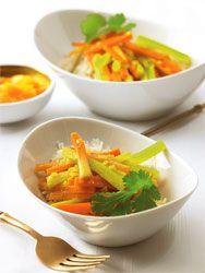 Gemüsecurry: Ayurvedisch und schön scharf - lea Linster
