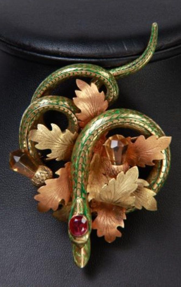 An antique gold and enamel serpent brooch set with citrines and tourmaline, Portugeuse, circa 1900. 8.5 x 5.5cm. #antique