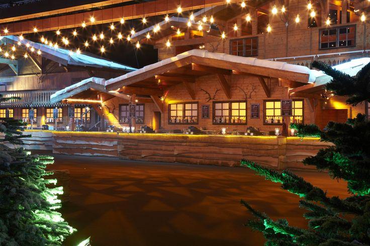 Ski Lodge Bars at ASPEN Rocks 2014 at the NEC.  Photo credit Vivid Experience Ltd.