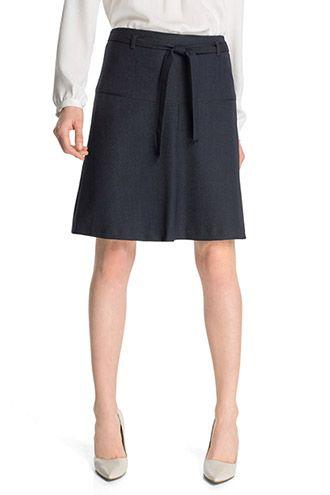 korte rok met pump ipv laarzen (lange romp)