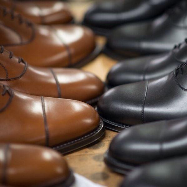 velascamilanoBrown or Black?  #oxfords  #velascamilano #madeinitaly #shoes #shoesoftheday #shoesph #shoestagram #shoe #fashionable #mensfashion #menswear #gentlemen #mensshoes #shoegame #style #fashion #dapper #men #shoesforsale #shoesaddict #sprezzatura #dappermen #craftsmanship #handmade