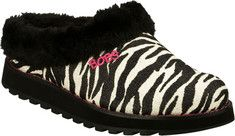 Fun prints and snuggly comfort combine in the SKECHERS Bobs Keepsakes - Jungle shoe. Glitter finish fabric with wild animal print upper in a low backed slip on casual slipper clog with faux fur collar and lining.Soft plush faux fur shoe lining. Faux fur topped cushioned insole. Stitch accented topso