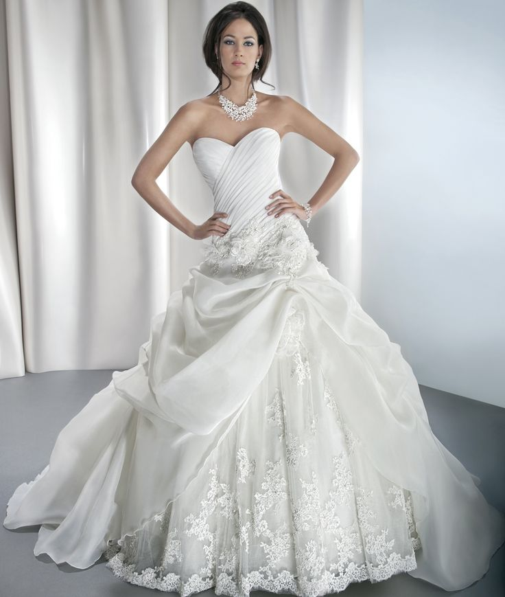 Dimitri Wedding Gowns: Sposabella Style 4313 By Demetrios