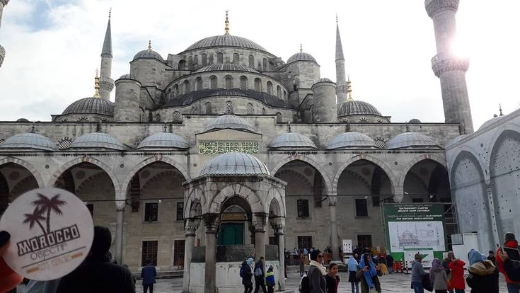 Grand and impressive in appearance, the Blue Mosque is a well-known symbol of the Muslim world...  #moroccoobjectif #bluemosque #sultanahmet #islam #muslim #islam #prayer #religion #istanbul #turkey #europe #asia #twocontinents #travel #traveler #travelphotography #nomad #berber #instatravel #travelgram #life #amazingplaces