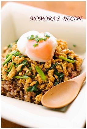 簡単過ぎる♪ニラと鶏胸肉(鶏むね肉)の甘辛スタミナ丼♡|レシピブログ
