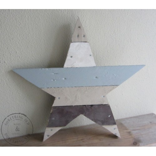 Scrapwood star. Add some colors