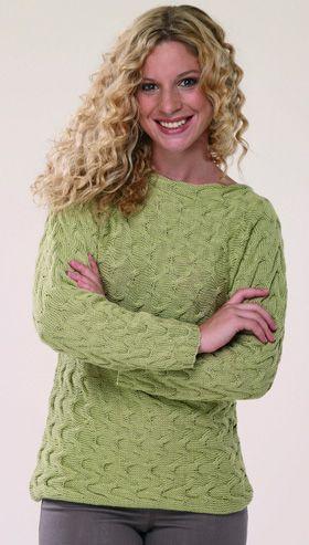 Denne smukke, grønne bluse strikkes i ét stykke, fra den ene ærmekant til den anden, i et nemt lille snoningsmønster
