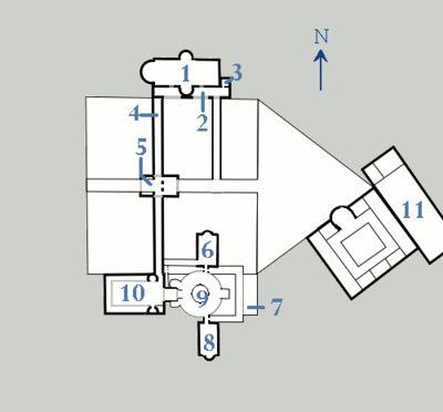 Palais d'Aix-la-Chapelle, plan simplifié: 1: salle des assemblées; 2: porche; 3: trésor et archives; 4: galerie de jonction; 5: tribunal et garnison; 6: metatorium; 7: curie; 8 secretarium; 9: chapelle; 10: atrium; 11: thermes. PALAIS d'AIX, INTRODUCTION, 2:  C'est EUDES DE METZ qui dessina les plans du palais qui s'inscrivait dans le programme de rénovation de royaume voulu par le souverain. Aujourd'hui la majeure partie du Palais a été détruite, mais il subsiste la CHAPELLE PALATINE.