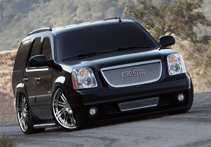 Gmc Denali Bagged And Slammed Customs We Love Gmc