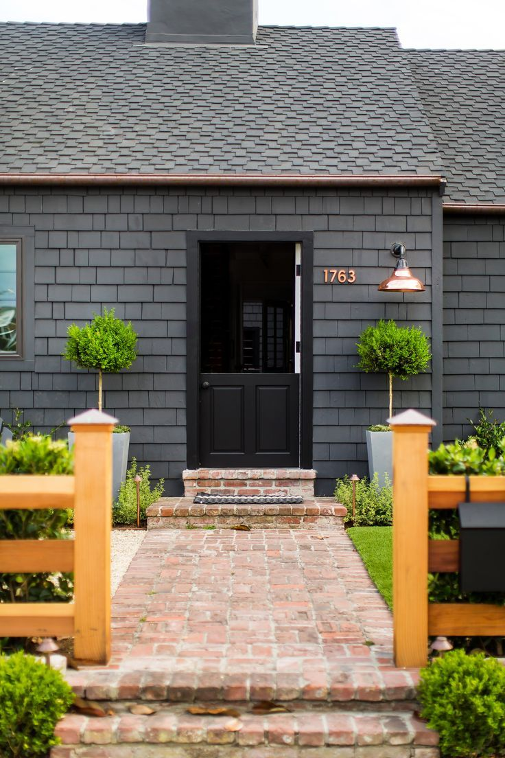 Black Shake Siding Raili Ca Design Exteriors In 2019