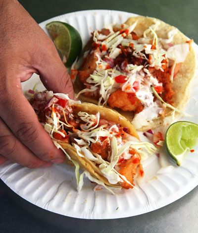 Beer-Battered Fish Tacos: Adding beer to the batter helps the fish for these tacos fry up golden brown.: Fish Tacos, Mexicans Food, Mexicans Recipe, Yummy, Battered Fish, Beer Batter Fish, Food Recipe, Tacos Recipe, Beer Batt Fish
