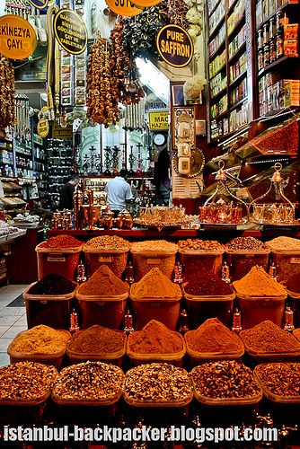 Istanbul Spice Bazaar... Oh, how I miss the fragrances of the Spice Shops in the markets!
