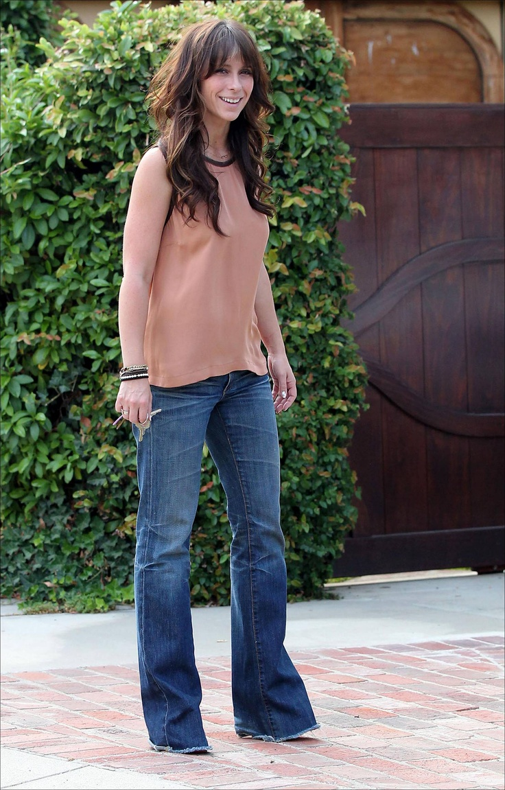 Jennifer Love Hewitt, <3 this outfit. And her hair!!