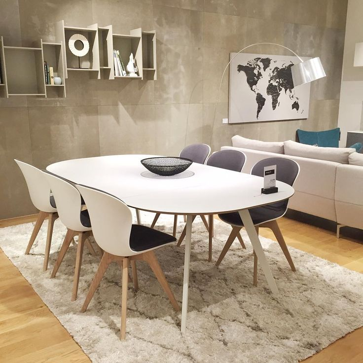 """Scandi style in the Moore Park showroom with the Wembley extendable table, Adelaide chairs and Safi rug ✖️ #boconcept #scandistyle #interiordesign"""